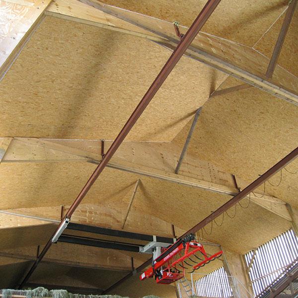 Hangar grenier pour stockage du foin