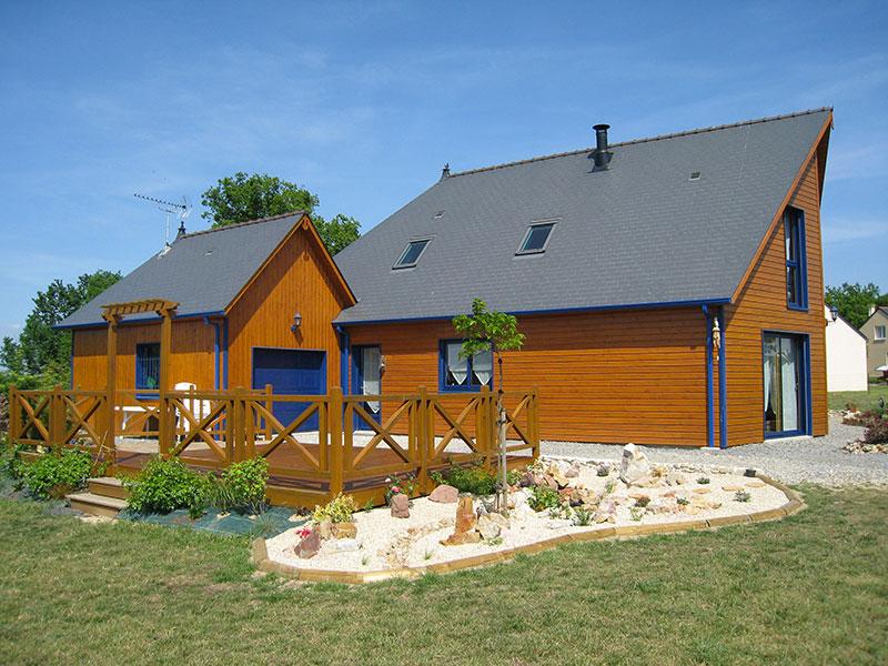 maison bois teinte naturelle terrasse croix de saint-andré