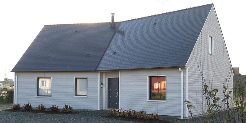 Maison ossature bois toiture ardoise